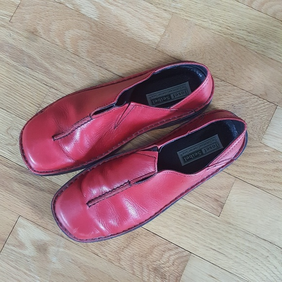 Josef Seibel red leather shoe size 10